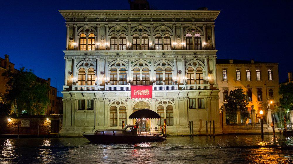fakta tentang perjudian - Kasino pertama Kasino di Venezia 1638